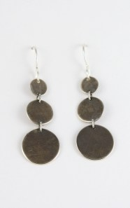 earrings_3circle_graduated_earwire_straight