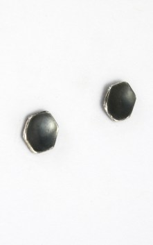 earrings_cupped_hex_1_4_inch_stud_angle