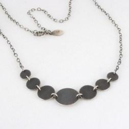 necklace_geo_7circle_graduated