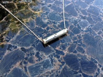 necklace_spiral_tube_silver