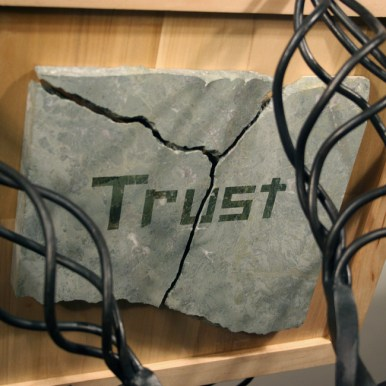 sculpture_listen_trust_family_green_marble_welded_forged_steel_back