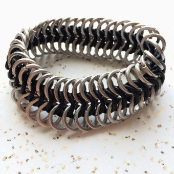 bracelet_stretchy_chainmaille_square_wire