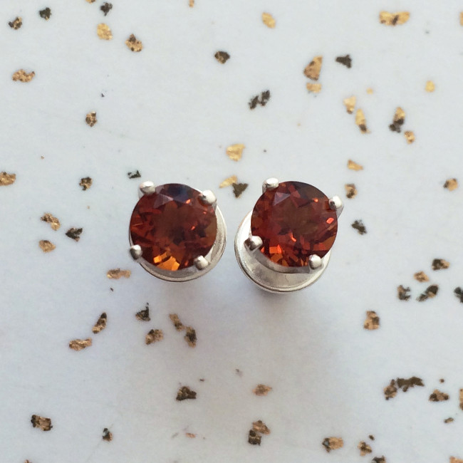 fire_citrine_studs_5mm_prong