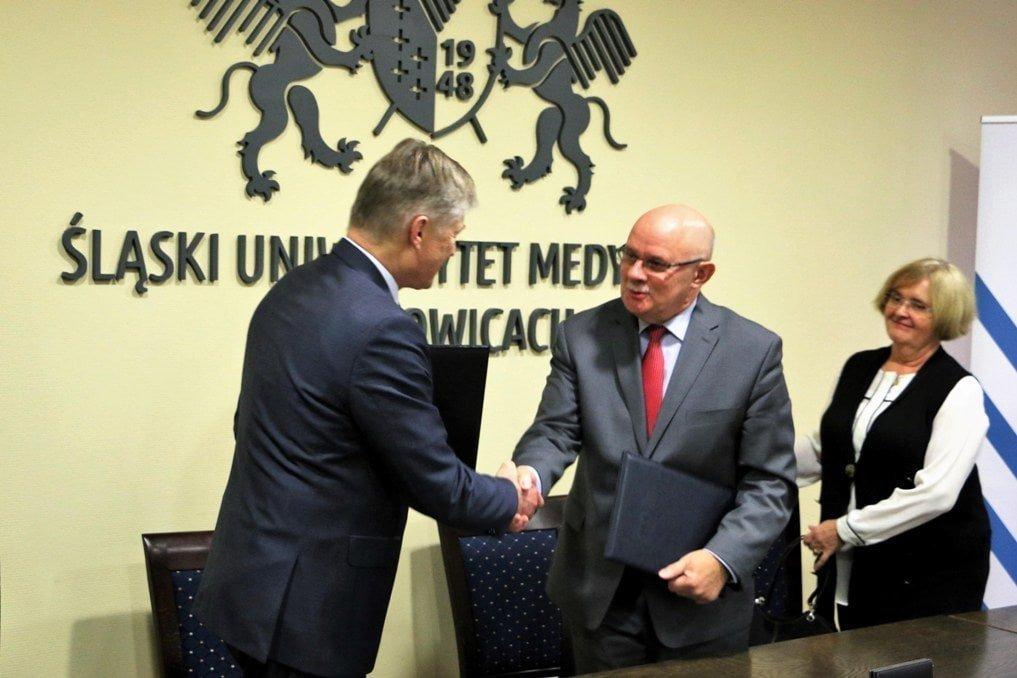 Asseco SUM  Śląski Uniwersytet Medyczny nauczy…nowoczesnych technologii Asseco SUM 3