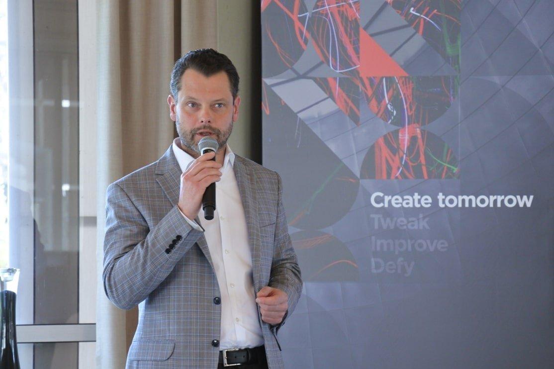 Roman Sioda Lenovo  Lenovo i NetApp nawiązują współpracę strategiczną Roman Sioda Lenovo min