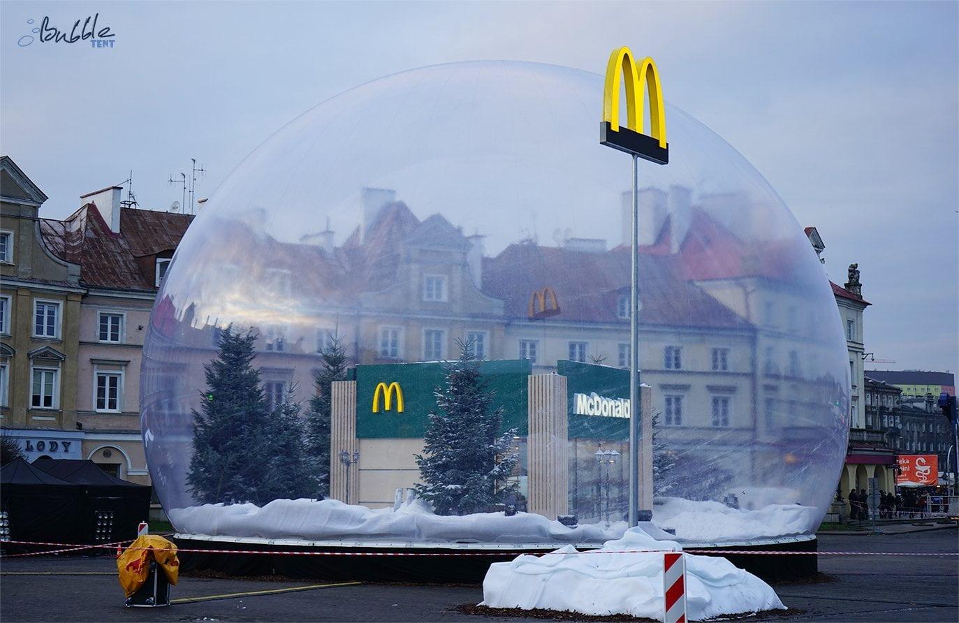 Gigantyczna Kula Śnieżna McDonalds, czyli nietuzinkowa reklama, która porywa tłumy bubble giant close logo