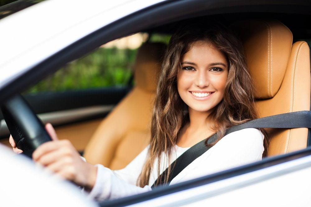 Dobry samochód dla młodego kierowcy — czym się kierować przy wyborze dobrysamochoddlamlodegokierowcy czymsiekierowacprzywyborze2