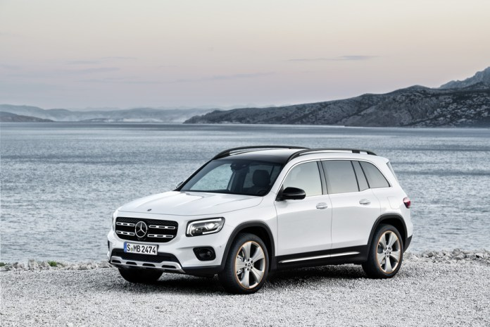The new Mercedes-Benz GLB: for family & friends - Brand Spur