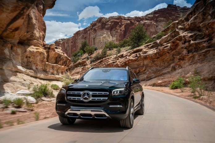 The new Mercedes-Benz GLS: The S-Class of SUVs - Brand Spur