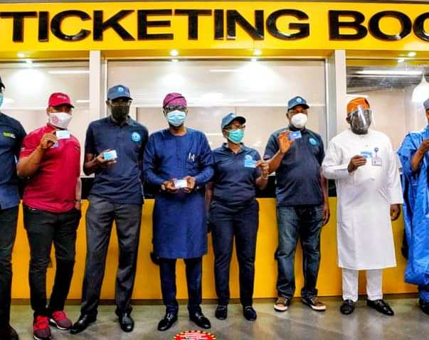 Sanwo-Olu Unveils 500 Mass Transit Buses, Launches Smart Ticketing System
