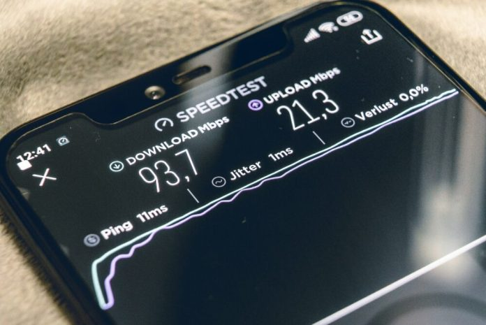 Global 5G Smartphone Sales Will Hit 250 Million in 2020 Brandspurng1
