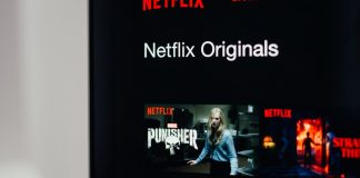 Netflix subscriber growth slows to 2.2 million in Q3