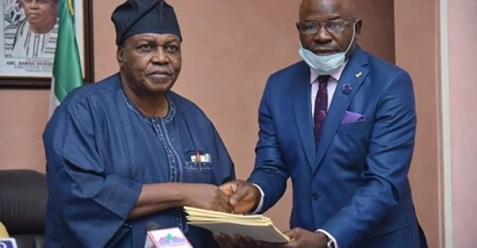 Gov. Ishaku Signs Taraba's 2021 Appropriation Bill into Law; Promises to Hit the Ground Running