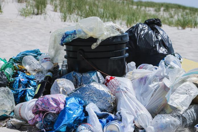 Nigeria Joins Forces with World Economic Forum to Fight Plastic Pollution brandspurng