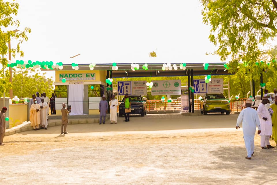 Jelani Aliyu, DG NADDC Commissions First Solar Powered Electric Vehicle Charging Station (Photos)