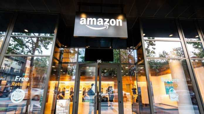 A Very Brief History of Amazon: The Everything Store   IE