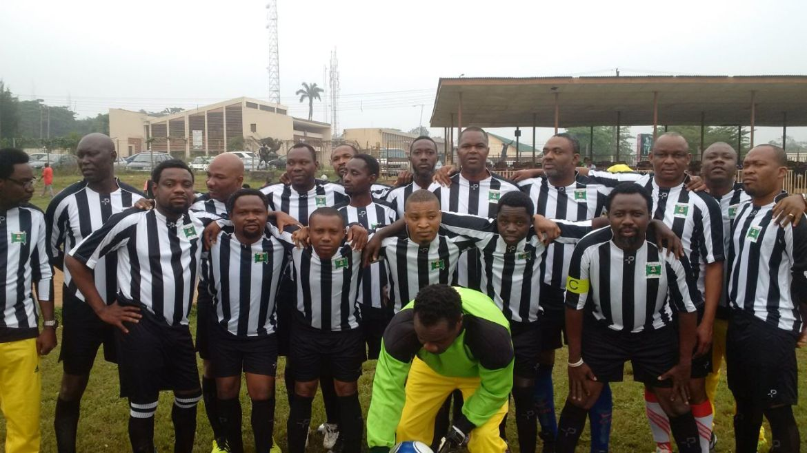 el_marino_sports_club_team__before_their_match_with_ui___all_stars_which_ended_1_-_11