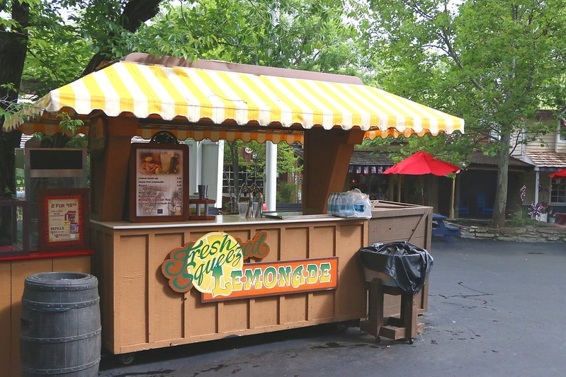 Silver_Dollar_ City_ food_drink_stand