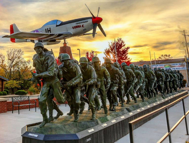 Veterans_Memorial_Museum_Branson_MO_Attractions