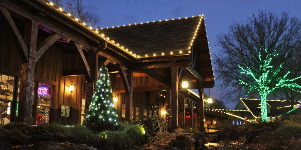 Shepherd_of_the_Hills_Christmas_Branson_MO