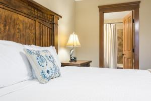Branson-Vacation-Houses-Cedar-Cove-08-1032