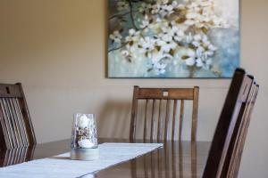 Majestic View vacation rental Branson and Kimberling City, Missouri - dining room