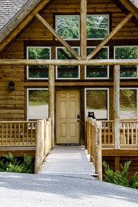 02 black-bear-lodge-front-door