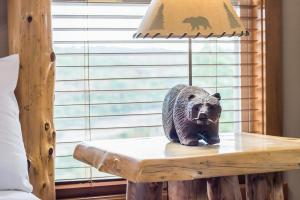 Branson-Vacation-Houses-Black-Bear-Lodge-10-1040