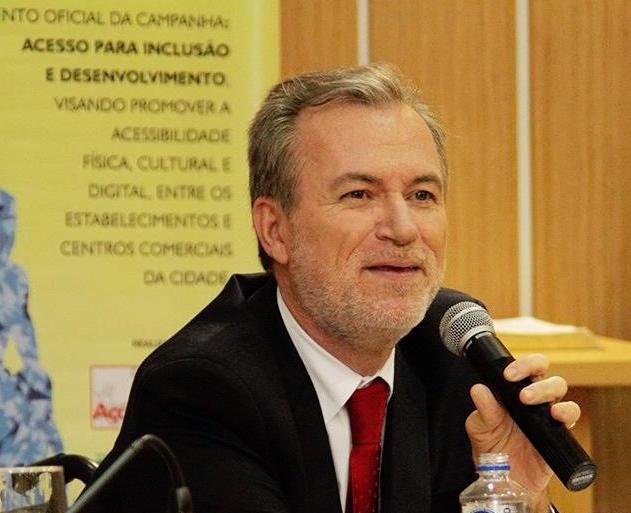 Projeto do senador Romário prejudica processo de inclusão nas escolas e na sociedade – Tuca Munhoz