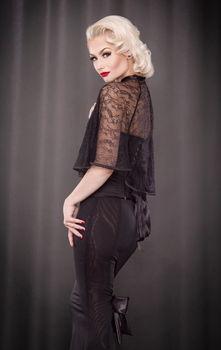 Kiss Me Deadly - Pankhurst Black Lace Capelet