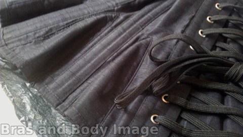 WKD Morticia 24 - Gored hips close up