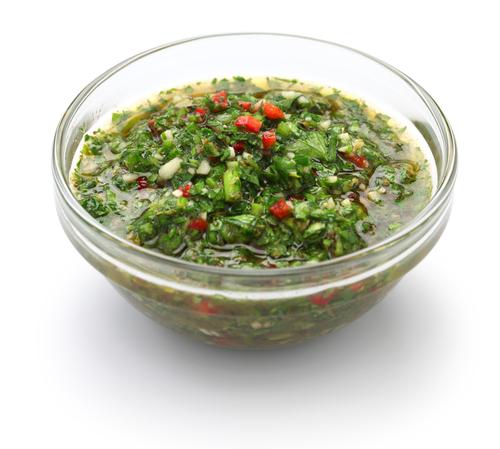 El Chimichurri, la salsa estrella de los asados