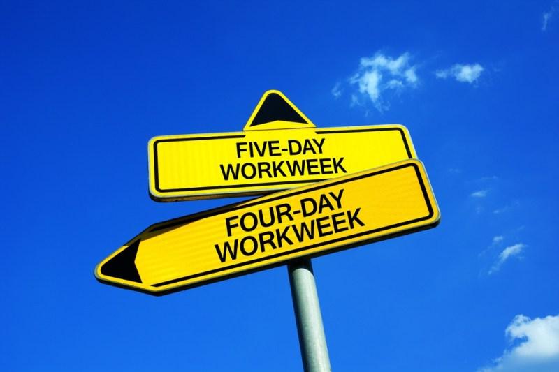 Workweek de quatro ou cinco dias.