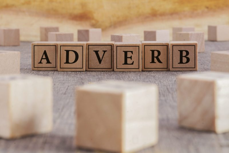 adverb - adverbio em ingles