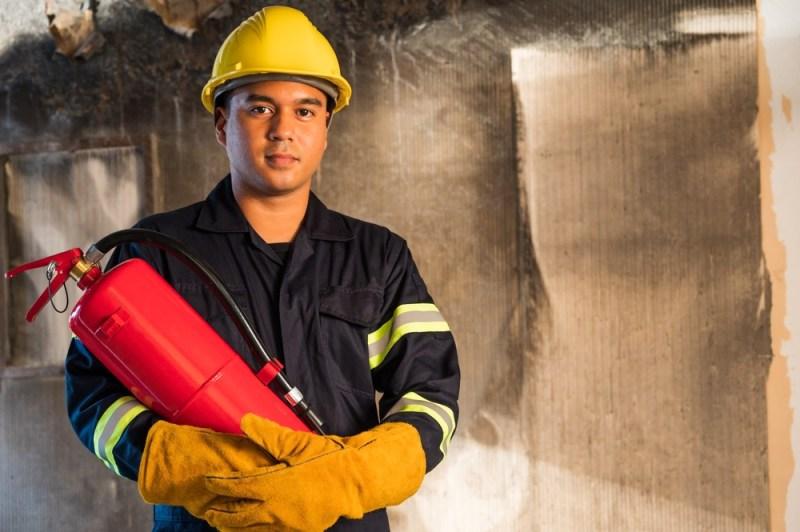 profissoes-em-ingles-cambly-fireman-bombeiro