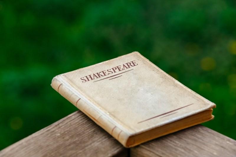 shakespeare Aprenda Ingles com Classicos da literatura britanica.jpg.jpg