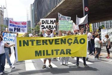passeata anti-dilma1