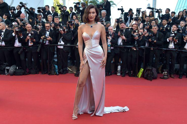 Bella Hadid no tapete vermelho de Cannes. Foto: Reprodução / Instagram