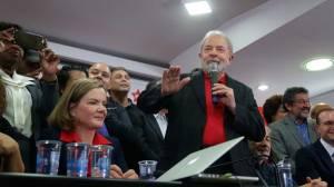 """Lula afirma em pronunciamento: """"A única prova que existe nesse processo é a da minha inocência"""""""