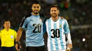 Empate sem inspiração: Uruguai não sai do zero, e Argentina continua ameaçada
