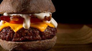 Além do Plano Piloto: Férias, promoções e lanches no 389 Burger