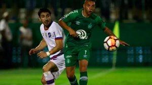 Em casa, Chape perde jogo de ida contra Nacional