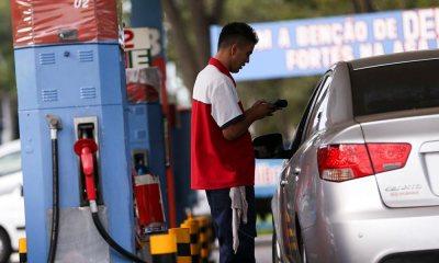Petrobras anuncia quedas de 1,60% no preço da gasolina e de 0,20% no diesel