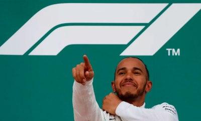 Hamilton vence o GP em Baku e assume a liderança do mundial