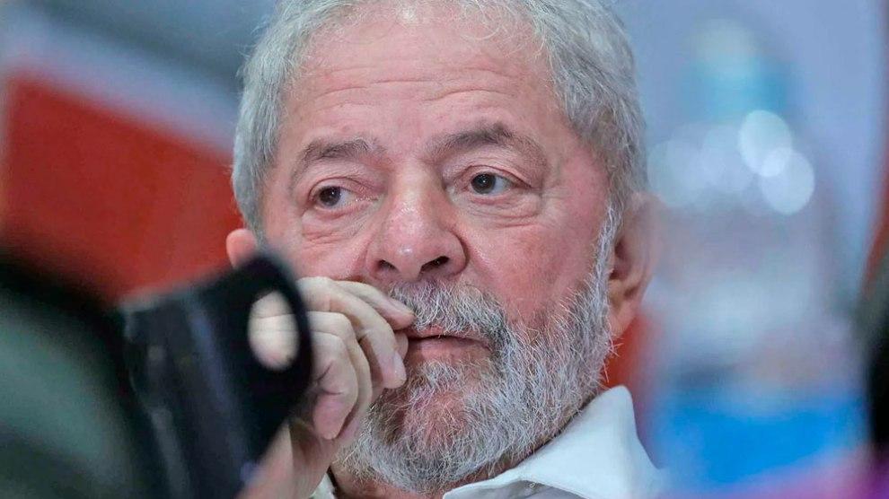Defesa de Lula entra com recursos para ir ao STJ e STF