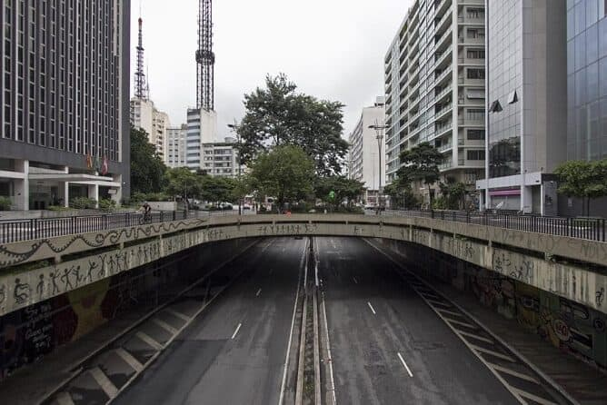 """Centrais Sindicais pedem a Doria lockdown intenso em SP: """"A vida é a prioridade absoluta"""""""