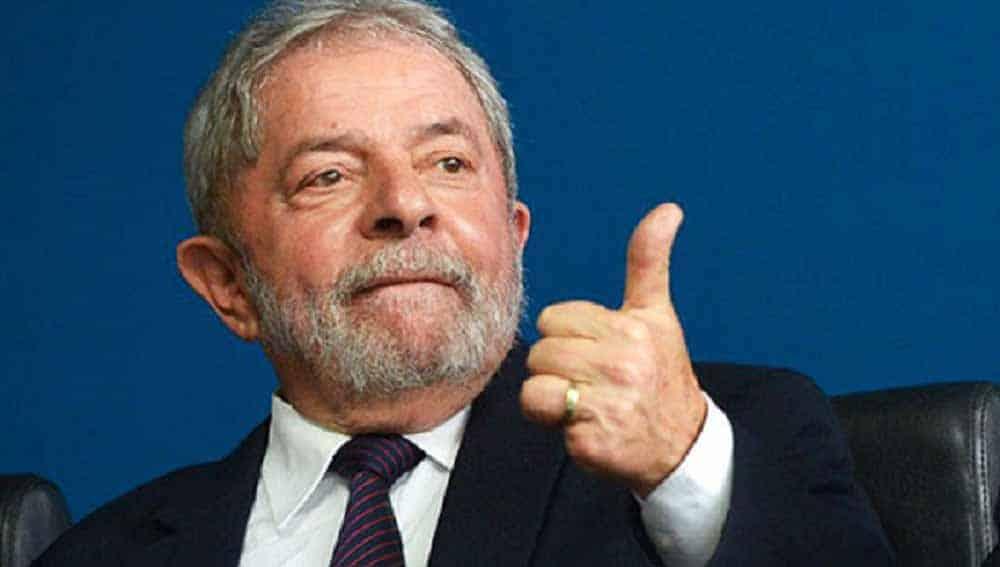 The Intercept: Lula deixa negros, mulheres e trans fora de conversas para 2022