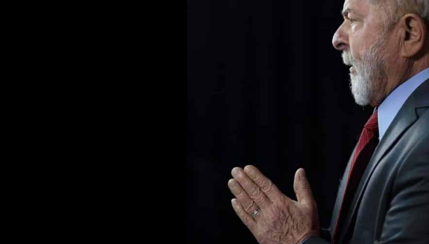Após Ciro Gomes enviar mensagem aos cristãos, Lula embarca na 'fé'