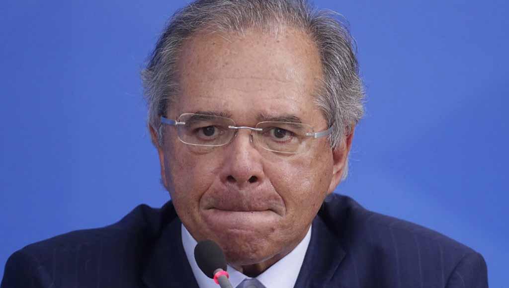 Vídeo: Paulo Guedes diz que governo apostou em 'imunidade de rebanho'