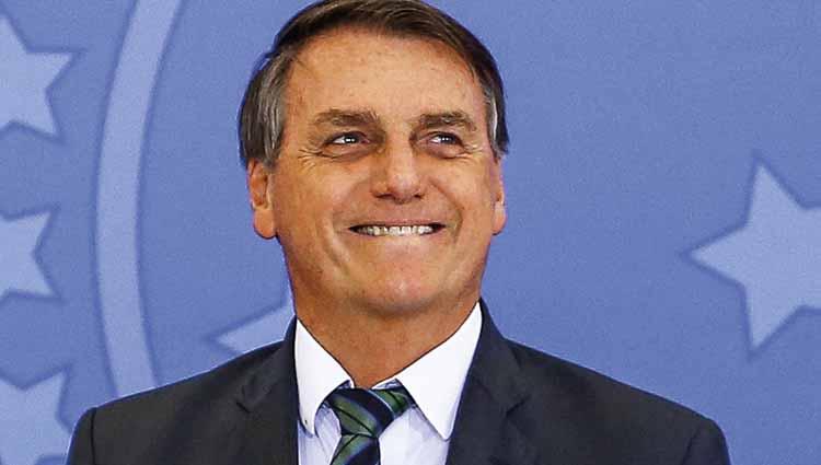 'Gênio': Bolsonaro soma -4 mais 5 e diz que PIB 'vai crescer 9%'